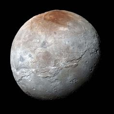 NASA has released new, high resolution photos of Pluto& largest moon, Charon, taken by the New Horizon spacecraft. According to NASA and SETI (Search for Extraterrestrial Intelligence) scientists, the photos reveal a surprising and unexpected. Nasa Images, Nasa Photos, Cosmos, Nasa New Horizons, Planets And Moons, Nasa Planets, Astronomy Pictures, Outer Space, Interstellar