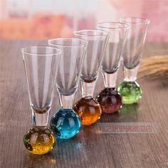 Beach Wine Glasses Couples Gift Set of Daddy Shark /& Mommy Shark Wine Glasses