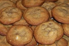 Mrs Fields white chocolate chip cookie recipe... theses were good cookies!