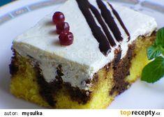 Kávové děrované řezy recept - TopRecepty.cz Oreo Cupcakes, Nutella, Cheesecake, Pie, Treats, Candy, Cookies, Baking, Sweet