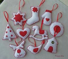Sewing Christmas Decorations Handmade Gifts 49 New Ideas Grinch Christmas Decorations, Felt Decorations, Felt Christmas Ornaments, Christmas Sewing, Christmas Crafts, Christmas Embroidery, Crochet Christmas, Homemade Christmas, Felt Crafts