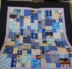 Quilt aus hochwertigen Designerstoffen von Meine bunte Flickenecke auf DaWanda.com
