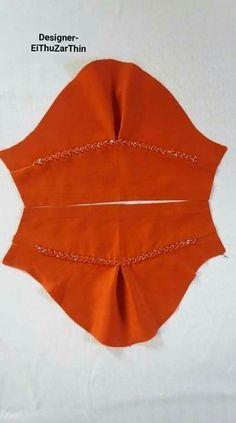 A top arm Sari Blouse Designs, Designer Blouse Patterns, Kurti Neck Designs, Dress Neck Designs, Salwar Designs, Sleeve Designs, Kurti Sleeves Design, Sleeves Designs For Dresses, Dresses With Sleeves