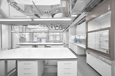 Laboratory furniture from the specialist - WALDNER Laboreinrichtungen GmbH & Co. Boutique Bio, Design Studio Office, White Lab, Design Lab, Dream Rooms, Architecture Design, Science, Interior Design, Design Inspiration