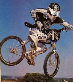 Ride on! Vintage Bmx Bikes, Vintage Motocross, Diamondback Bmx, Bmx Pedals, Bmx Cruiser, Bmx Racing, Bmx Freestyle, Bmx Bicycle, Hot Bikes