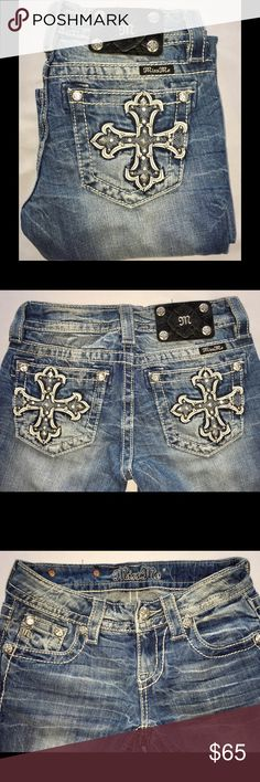 """MISS ME Bootcut Jeans 24 x 33"""" 🚫No Offers🚫 The pockets on these have gorgeous crosses. They are made of white leather, navy and silver stitching, rhinestones and silver studs of various shapes and sizes. Laying flat, the waist/hip measures 13.5"""" and the rise is 6.5"""".  PRICE IS FIRM! 🚫NO OFFERS🚫 Miss Me Jeans Boot Cut"""