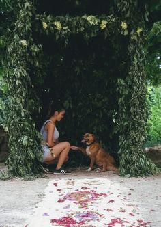 #girl #AnitaKaluser #modellpics #legs #body #beautiful #sit #dogmodell #love #dog #cute