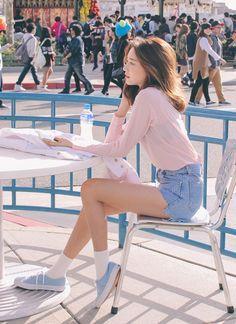 cbde87c84b0d Pinterest   Natalie Soo Korean Street Fashion Summer