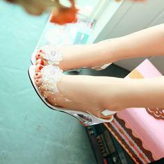 Cheap El nuevo aromático bohemio pendiente zapatilla de cristal transparente con sandalias de la flor del diamante peces sandalias principales de código de tamaño, Compro Calidad Sandalias directamente de los surtidores de China: