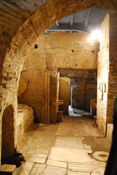 Underground Rome Tour - Walking Tour of Rome | Context Tours