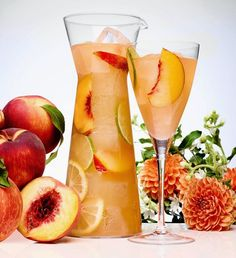 You can never go wrong with a chilled glass of sangria. The fruity wine can really quench one's thirst on a hot summer day. We love sangria because it can Party Drinks, Cocktail Drinks, Fun Drinks, Alcoholic Drinks, Beverages, Sangria Recipes, Cocktail Recipes, Fruit Recipes, Drink Recipes