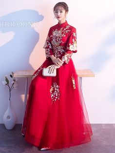 Traditional Midi Spring Embroidered Chinese Red Wedding Dresses Wedding Dress Brands, Wedding Dresses For Sale, Evening Dresses, Formal Dresses, Dress Silhouette, Chinese Style, Sleeve Styles, Wedding Colors, Vintage Inspired