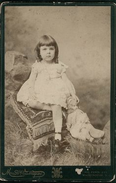Vintage photo, little girl with German doll, 1886, Washington, D.C.