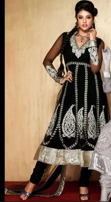 Fascinating Black Chudidar Kameez