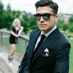 Fellas, are you looking for some much needed fashion inspiration for the coming weekend? Look no further because sharpfellas.com has it all! Check it out!  #ootdmen #menswear  #mensfashion #sharpfellas #suits #unbearablystylish