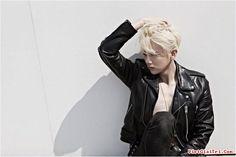 """Cube Entertainment vừa đưa thông báo về việc sẽ dùng tên B2ST cho nhóm nhạc mới gồm cựu thành viên Jang Hyunseung và 2 thành viên mới.   Ngày 10/2, công ty giải trí Cube đưa ra thông báo cho nhóm nhạc sắp tới: """"Cựu thành viên đã rời nhóm trước đó của B2ST, Jang Hyunseung sẽ quay trở lại..."""