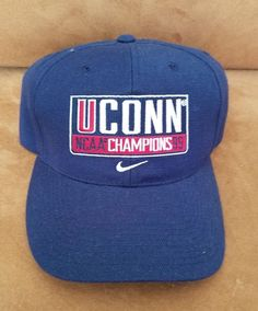 5281f81487386 UCONN Huskies 1999 NCAA Champions Vintage Snapback Hat Cap One Size Nike