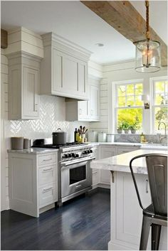 Remodeling your small kitchen shouldn't be a difficult task. When you put your small kitchen remodeling idea on paper, just remember your budget. Read on to find out some tips on redesigning our small kitchen. A kitchen should be a… Continue Reading → Small Modern Kitchens, Small Space Kitchen, Modern Kitchen Design, Interior Design Kitchen, Home Design, Kitchen Designs, Small Spaces, Small Small, Beautiful Kitchens