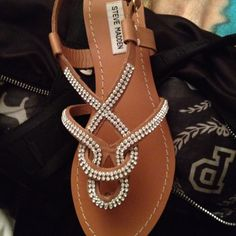 tan and crystal flat sandals | just got em and obsessed