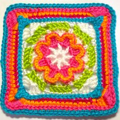 I AM...CRAFTY!: Hooked on Granny Square   There isnt 365 granny squares but there are 43 with step by step  this one is just pretty