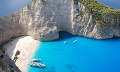 Zakynthos is one of the most beautiful Greek islands. This Zakynthos guide highlights the main things to see and do during your Zakynthos holidays. Greece Vacation Spots, Vacation Destinations, Dream Vacations, Greek Islands Vacation, Beaches In The World, Places Around The World, Most Beautiful Beaches, Beautiful Places, Beautiful Dream