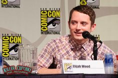 Elijah Wood at the Wilfred panel. | Photo by Killer Cupcake Event Photography at San Diego Comic-Con. www.facebook.com/KillerCupcakePhoto (Please keep photo credit when repinning.)