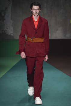 Marni Fall 2017 Menswear Collection Photos - Vogue #datbelt