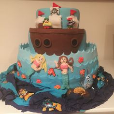 Mermaids and pirates cake for a birthday party I made :)