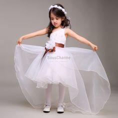 da41db25965 robe mariage enfant fille pas cher en tulle blanche col et jupe asymétrique  ceinture marron avec fleurs
