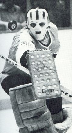 Bernie Parent: NHL - GAA 54 shutouts in 13 regular seasons; GAA 6 shutouts playoffs 5 time All Star 2 time Stanley Cup champion 2 time Conn Smythe Trophy & 2 time Vezina Trophy winner & Flyers Hockey, Hockey Goalie, Hockey Games, Hockey Players, Ice Hockey, Nhl, Bernie Parent, Nfl Highlights, Mascaras
