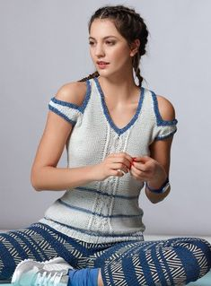 "Photo from album ""Verena 2017 (Deutsch)"" on Yandex. Crochet Stitches Chart, Pullover, Crochet Top, Free Pattern, Cold Shoulder Dress, Short Sleeve Dresses, Sari, Album, Knitting"
