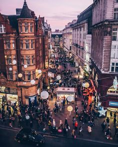 Oxford Street, Wesminster, London.