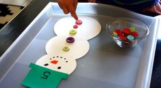 Learning to count has never been so cute with this adorable snowman counting activity.