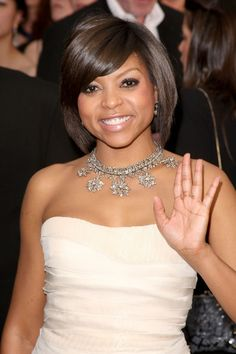 Taraji P. Henson Gemstone Statement Necklace - This gorgeous dimaond necklace is a great fit for the stars soft pink Roberto Cavalli dress. Beautiful Black Women, Amazing Women, Beautiful People, Natural Hair Styles, Short Hair Styles, Black Girls Rock, Celebs, Celebrities, Cute Hairstyles