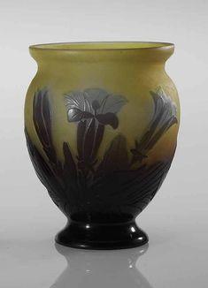 Emile Gallé. Vases. Emile Gallé French Art Nouveau Glassmaker, 1846-1904 ---------- ---------- ---------- -------------- --------------- ------------ --------------------Разное-------------- - Ornamental Dish, circa 1880 by Émile Gallé Флакон Флакон ---------- Много…