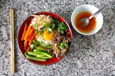 La recette du Bibimbap coréen : un arc-en-ciel de légumes !