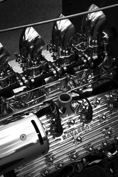 I live for motorbikes, hot rods, ink and women. Close Up Pictures, Car Pictures, Street Rods For Sale, 32 Ford, Ford V8, Old Hot Rods, Classic Hot Rod, Motor Engine, Ex Machina