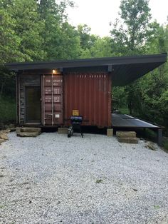 Cabin in Slade, United States. This is a one of a kind cabin inside two shipping containers. It has two bedrooms with queen beds, full bath, and small kitchen(no stove). It has a flat…