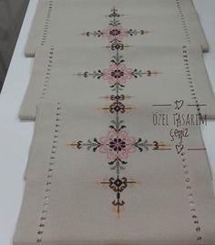 1 million+ Stunning Free Images to Use Anywhere Cross Stitch Borders, Cross Stitch Patterns, Free To Use Images, Embroidery Motifs, Crochet Cross, Bargello, Baby Knitting Patterns, Needlepoint, Art Decor