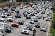 #São Paulo: Motoristas de SP com veículos de placa final 3 têm até hoje para pagar IPVA sem multa