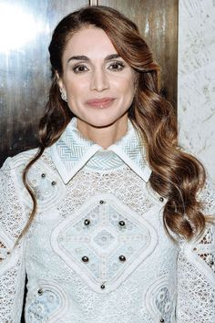77bf3f55a0 Queen Rania of Jordan in 2016. King Abdullah, Royal Hairstyles, Queen Rania,