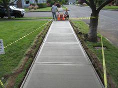 New cement patio pavers concrete slab 38 Ideas Cement Patio, Concrete Stairs, Concrete Driveways, Walkways, Poured Concrete, Concrete Slab, Stamped Concrete Driveway, Concrete Projects, Outdoor Projects