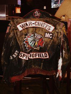 Jacket Men, Leather Jacket, Custom Leather, Bikers, Helmets, Motorcycle Jacket, Gloves, Mens Fashion, Street