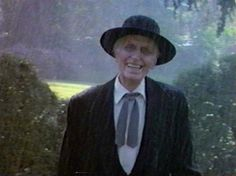 Poltergeist - this movie scared the crap out of me when I was a kid and this is the creepiest guy ever!!!