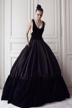 wwd.com/runway/fall-couture-2014/review/delphine-manivet/?src=tumblr