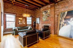 45 Apartment Decorating For Renters Living Rooms - 45 Apartment Decorating For Renters Living Rooms - Yorgo Hells Kitchen, Wall Carpet, Big Challenge, Exposed Brick, Small Living, Living Rooms, Kitchen Living, Loft, Decorating
