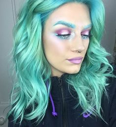 Mermaid makeup is taking social media by storm! Add in some ocean themes, shimmering scales, and an ethereal glow and you are good to go. Get inspired and dive into our inspiration below!