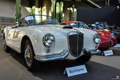 #Lancia #Aurelia #Spyder à l'exposition #Bonhams au #Grand_Palais Reportage et résultats : http://newsdanciennes.com/2016/02/09/les-grandes-marques-au-grand-palais-par-bonhams-exposition-et-resultats/ #Voiture #Ancienne #ClassicCar