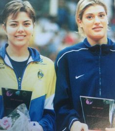 Leila Barros (left) of Brazil and Francesca Piccinini of Italy were the stars of the FIVB World Women's Volleyball Grand Prix when it was held in Manila of the Grand Prix 2000