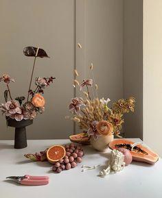 Handmade Decorations, Flower Decorations, Wedding Decorations, Table Decorations, Ikebana Flower Arrangement, Floral Arrangements, Floral Wedding, Wedding Flowers, Dried Flowers